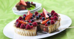 Tarte de Ganache de Chocolate e Frutos Vermelhos