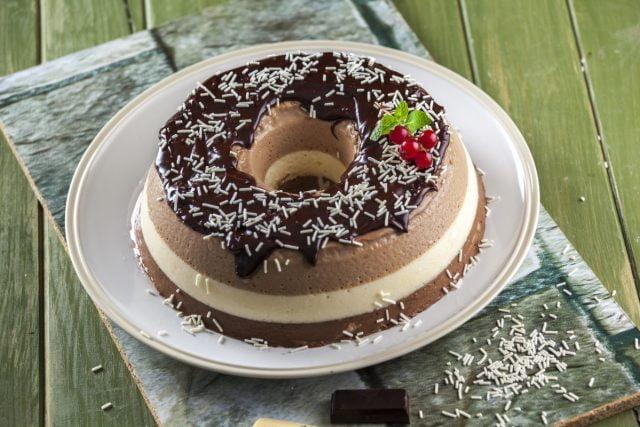 Delícia de chocolate em 3 camadas