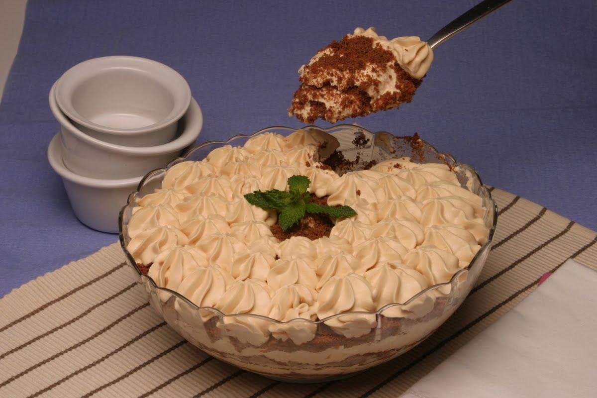 delicia de leiote condensado com bolacha de chocolate 6