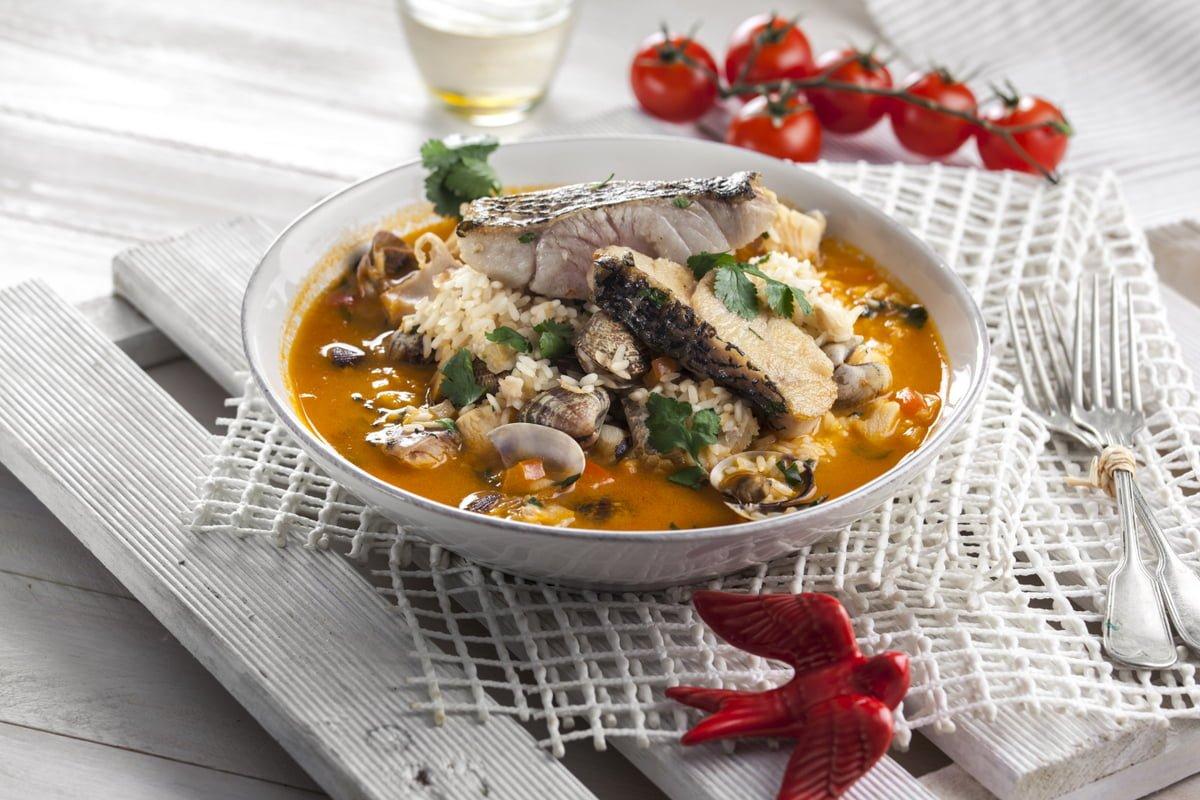 arroz de peixe e ameijoas