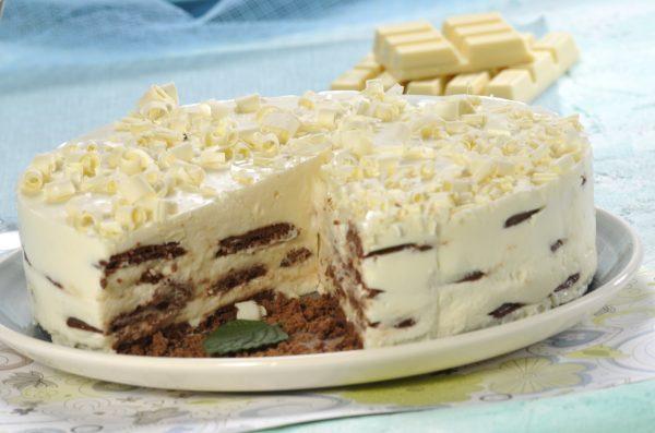 bolo de bolachas com chocolate branco