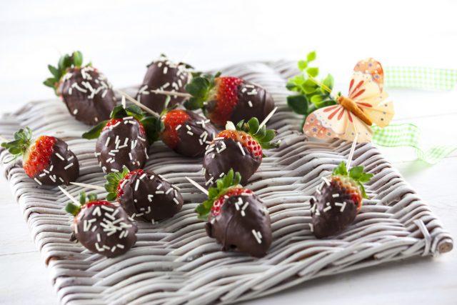 morangos cobertos com chocolate