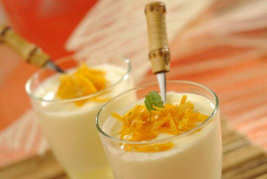 mousse de laranja e iogurte