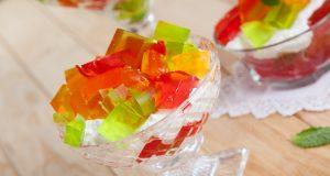 tacinhas de gelatina em creme