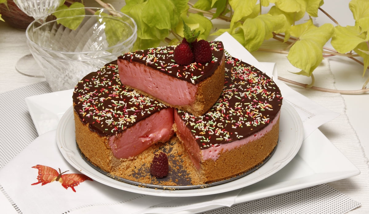 tarte tentacao de bolacha morango e chocolate
