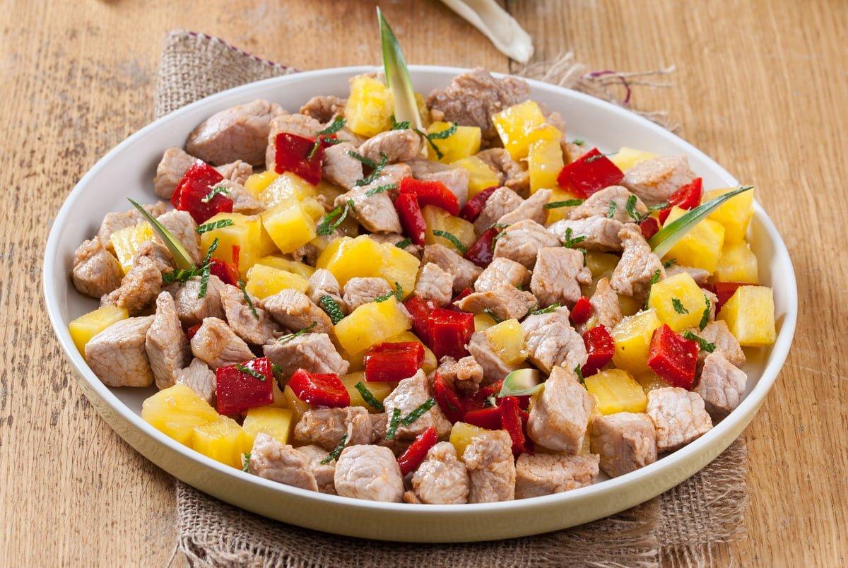 carne de porco com ananás