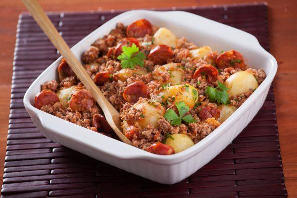 batatas à bolonhesa