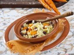 Sopa de feijão com lombardo e massinha