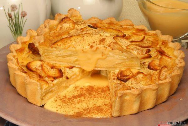 tarte de maca quente com creme ingles