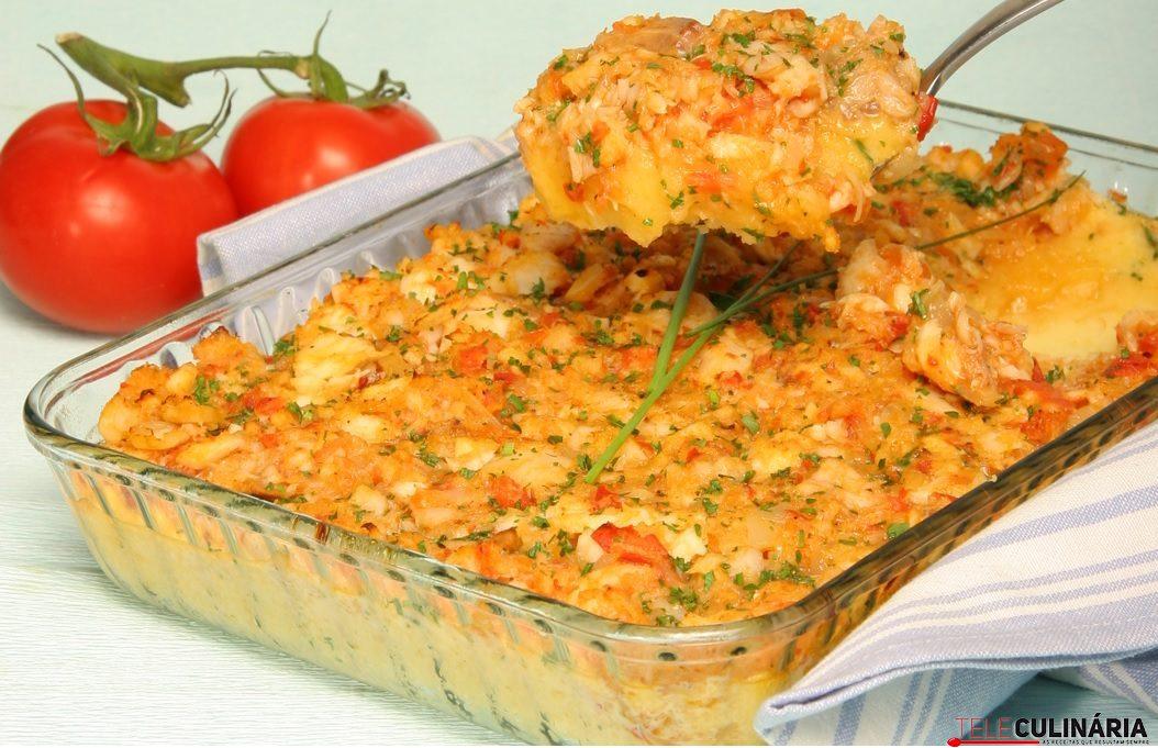 pescada no forno com tomate e ovos