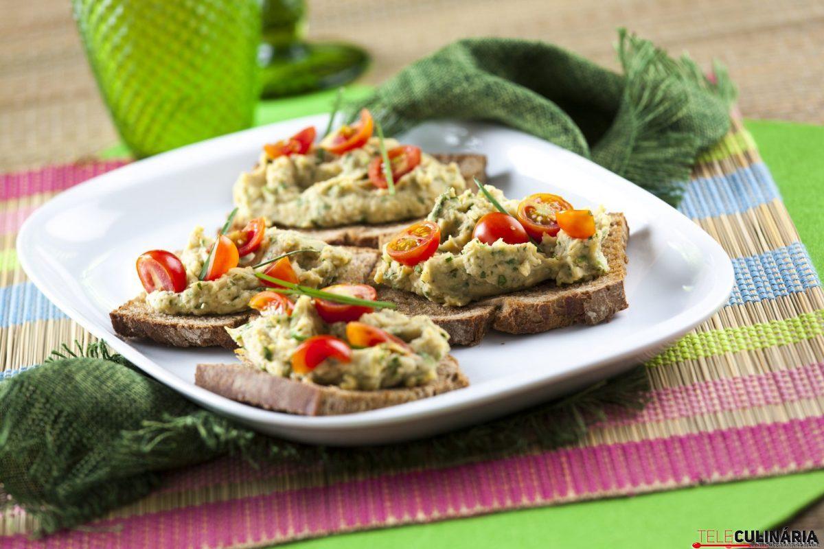crostine de grao tomate e ervas e1515414110620