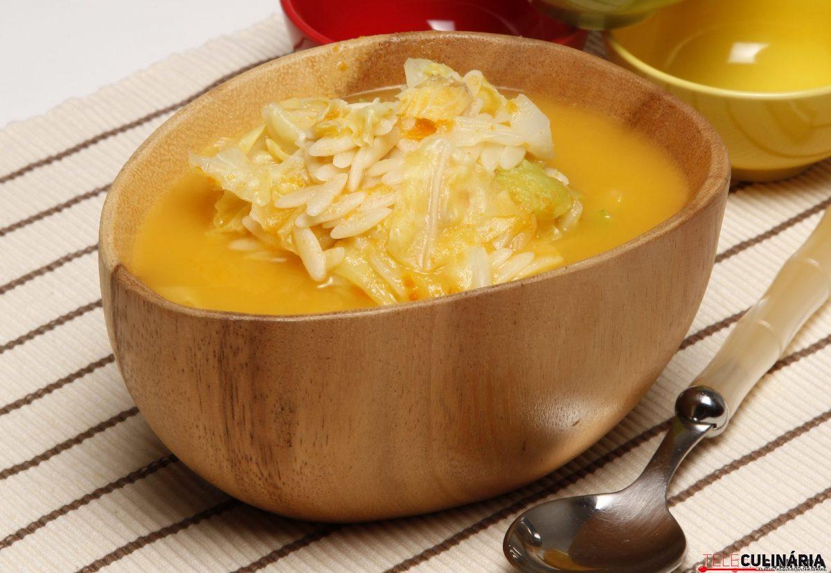 sopa de couve lombarda com massinhas e1515411773834
