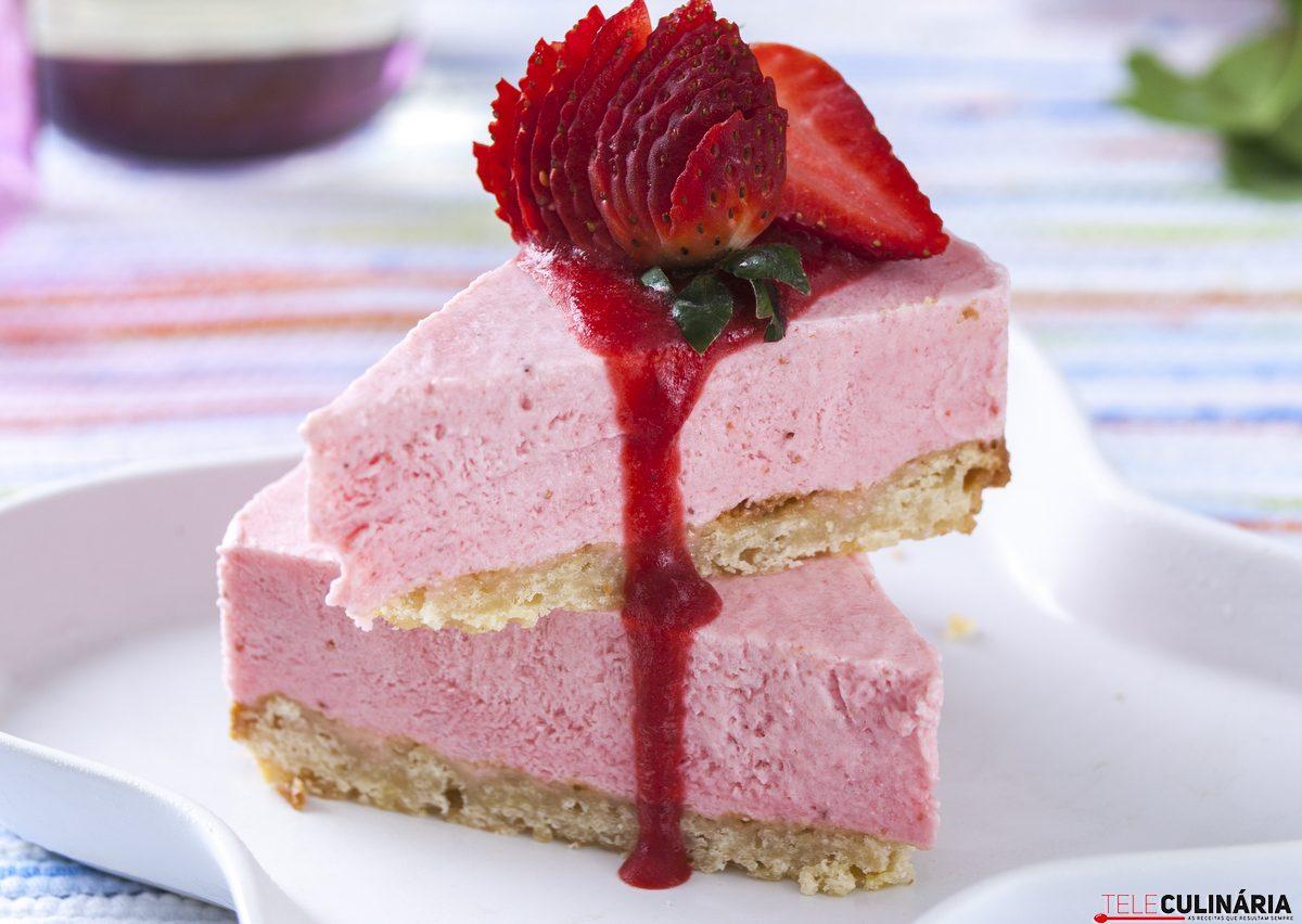 tarte de iogurte e morango gelada