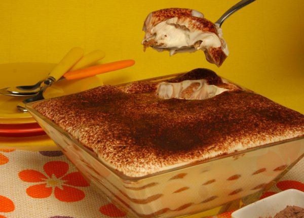 doce de queijo com cafe e chocolate