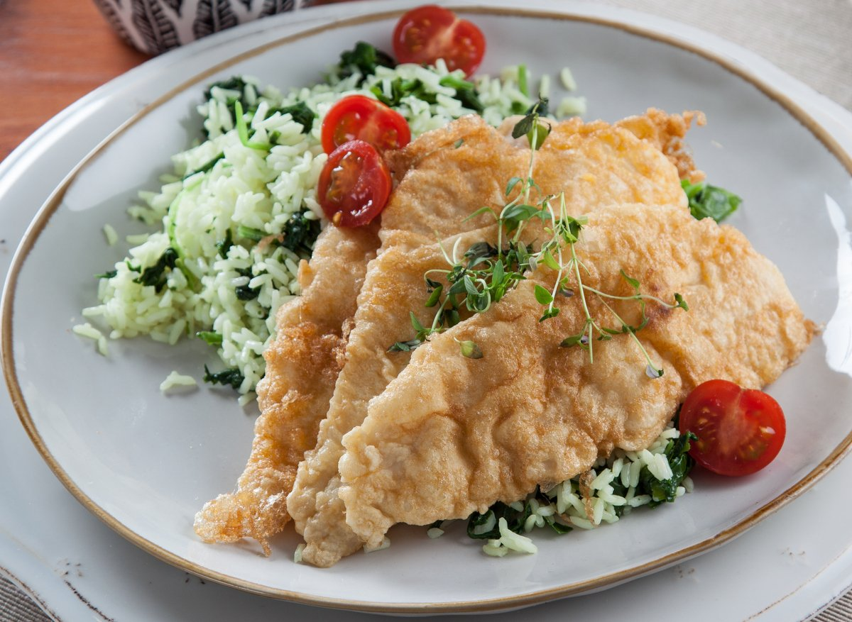 filetes de pescada com arroz de grelos