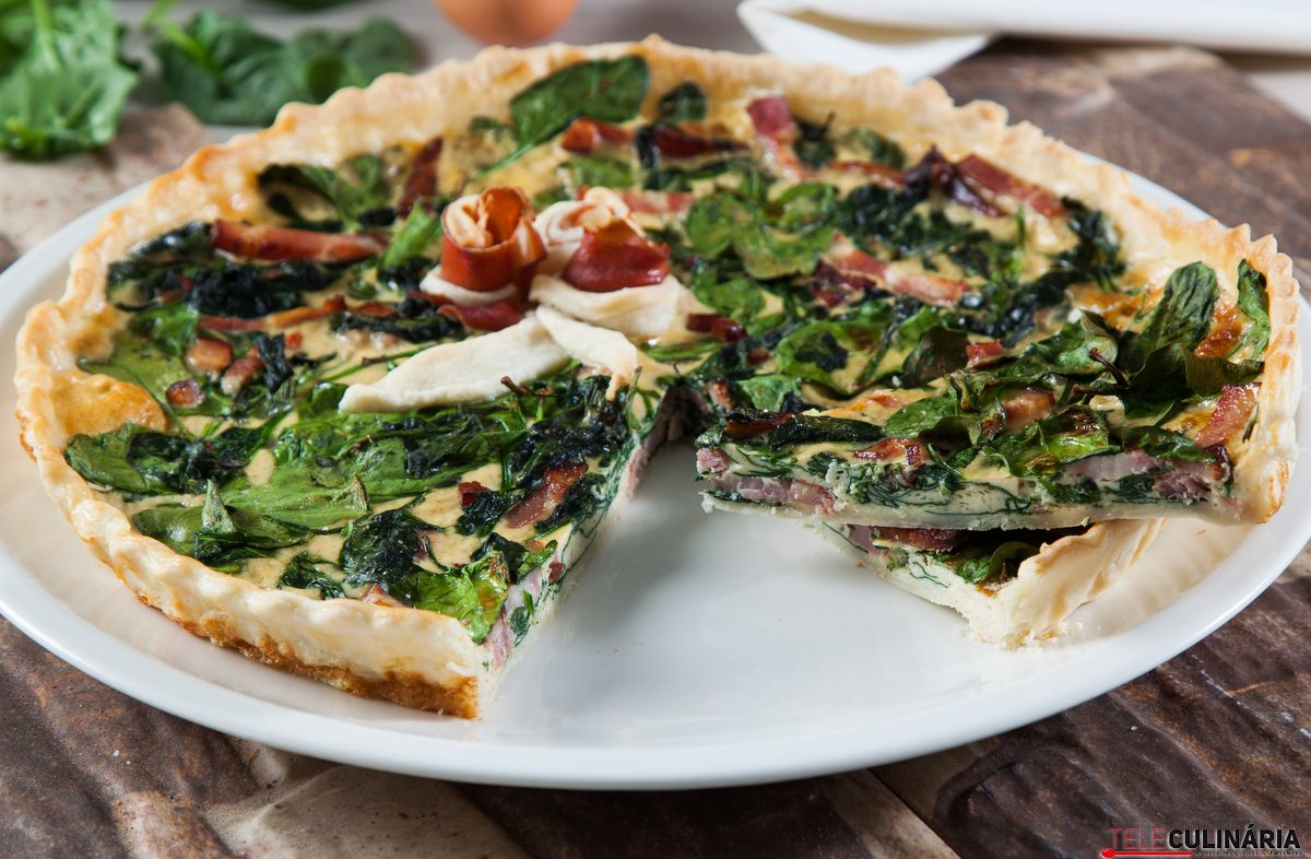 quiche de espinafres e bacon