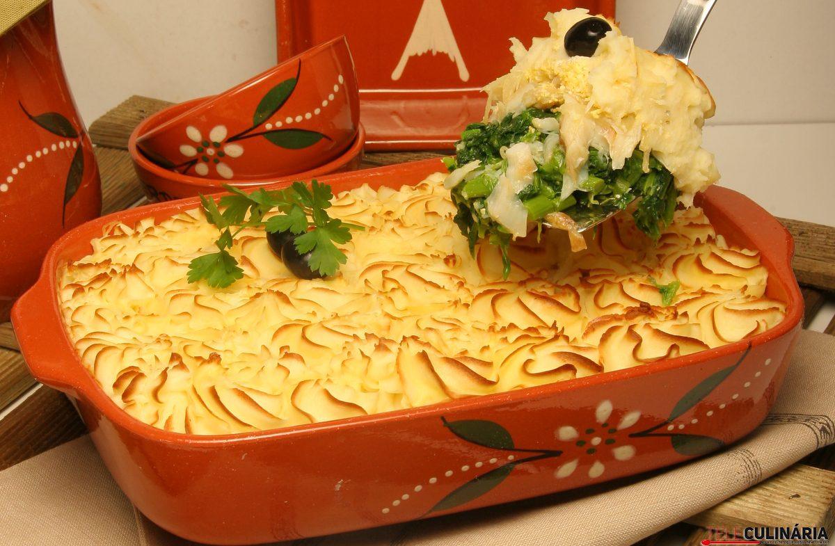 Empadão de bacalhau com grelos