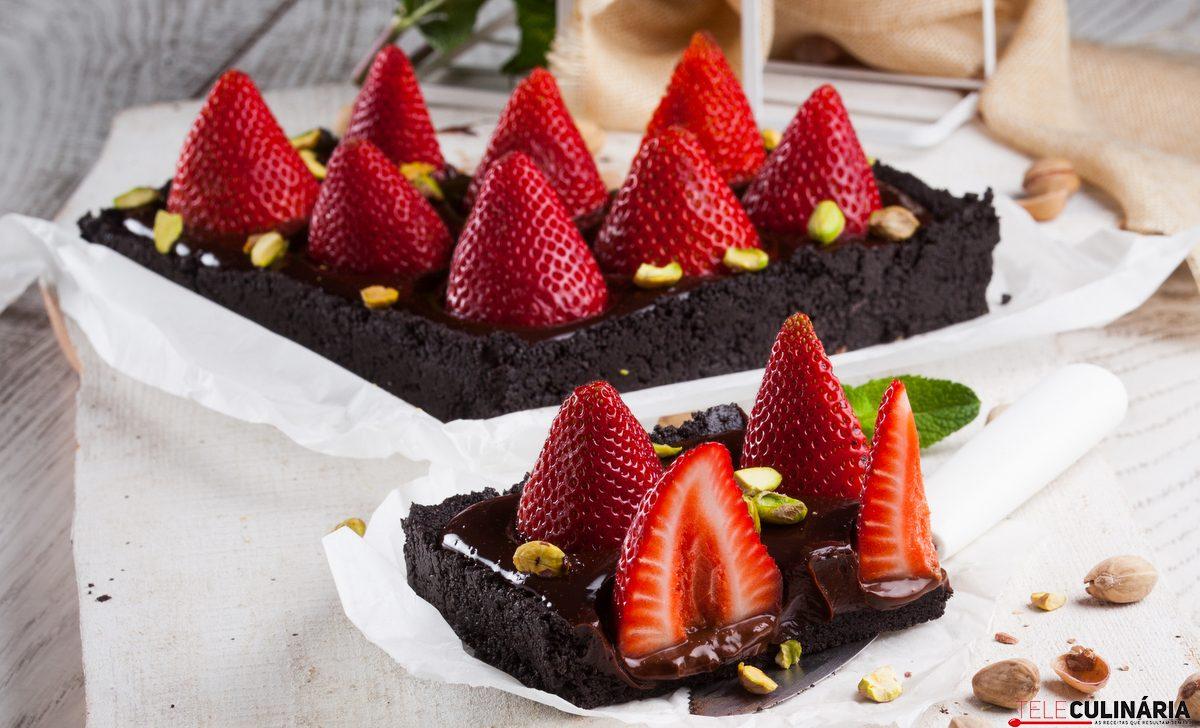 tarte de morangos e chocolate