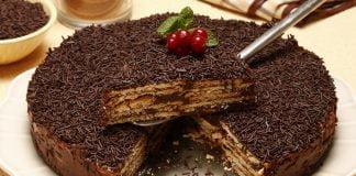 Bolo de bolacha com chocolate (robot de cozinha)