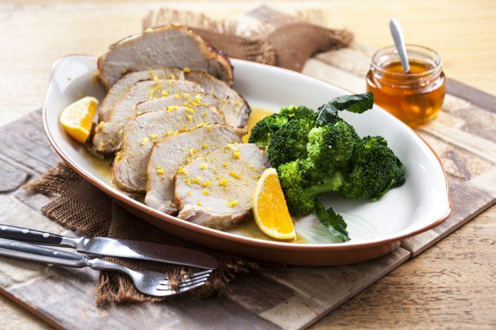 lombo de porco com mel e laranja