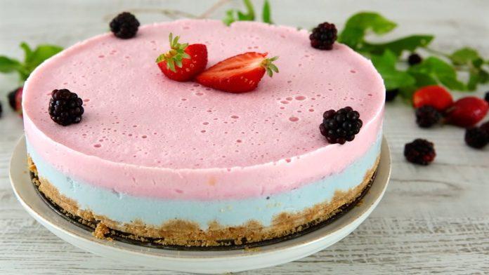 Cheesecake tricolor com gelatina zero