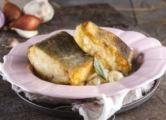 Bacalhau frito de cebolada