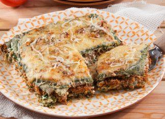 lasanha verde com carne e espinafres