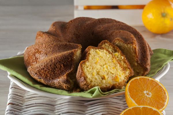 bolo de laranja inteira