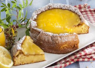 bolo esponja com lemon curd