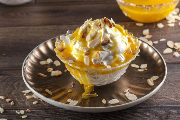 manjar de doce de ovos com amêndoa