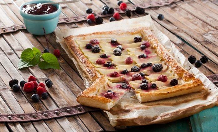 tarte de frutos vermelhos e maça