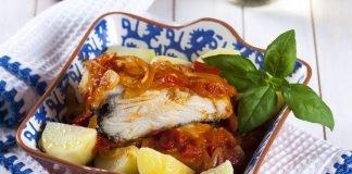 Bacalhau de tomatada