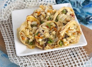 crepes recheados com legumes e queijo