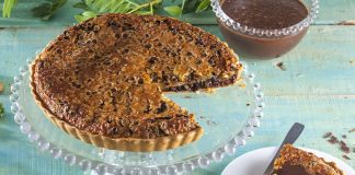 Tarte com pepitas de chocolate