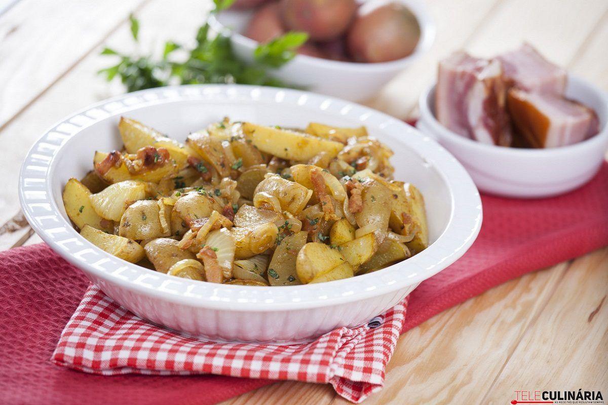 batatas assadas com cebola e bacon