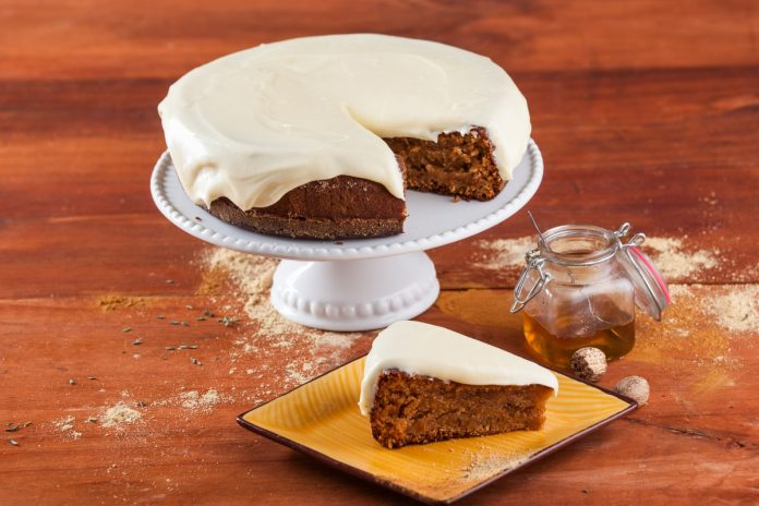 bolo de mel e especiarias