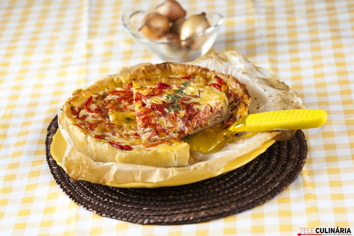tarte de bacon cebola e pimento assado 1