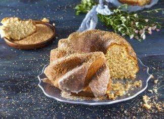 Receita de bolo de coco com cobertura