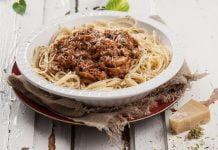 Receita de esparguete à bolonhesa simples