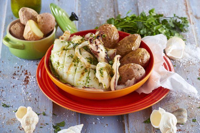 Chocos grelhados com salada de batata CHSB 1