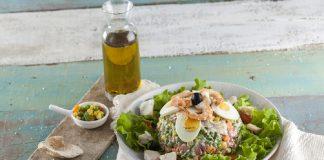 Salada de legumes com pescada