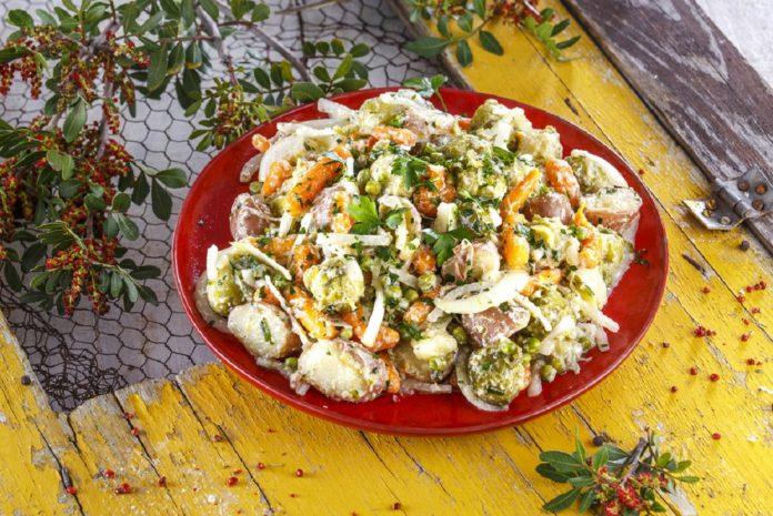 Salada de legumes de verao