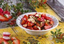 Salada de morangos com rabanetes