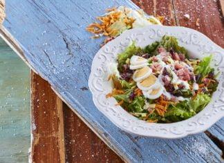 Salada de presunto e queijo