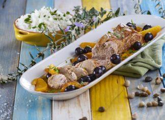 Lombinho de porco com molho de uvas e laranjas