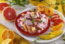 Salada de fruta jamaicana