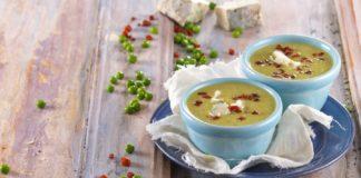 Sopa de ervilhas com gorgonzola e presunto