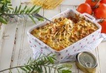 Tabuleiro de esparguete com atum gratinado