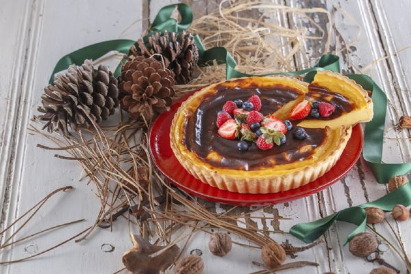 Tarte decorada de creme brulee