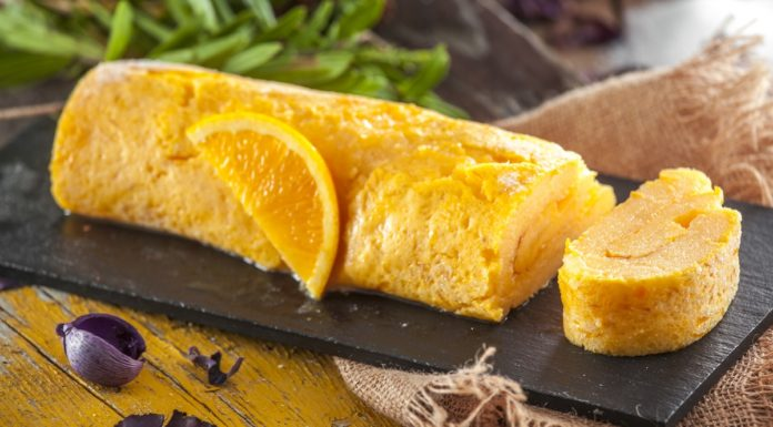 Torta molhadinha de laranja